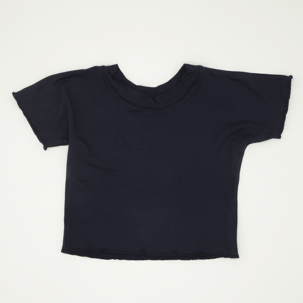 Navy blue box-fit crop top for girls