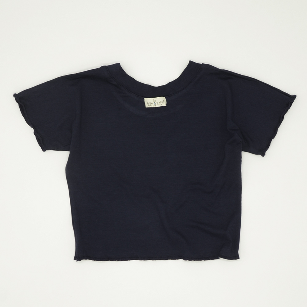 Navy blue cropped tee for girls with flossed finish
